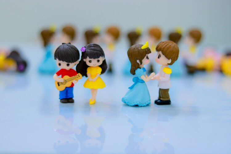 Cặp chi bi nam nữ